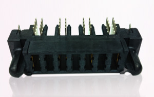 C18010 Blade Type Power Conn. (30A)